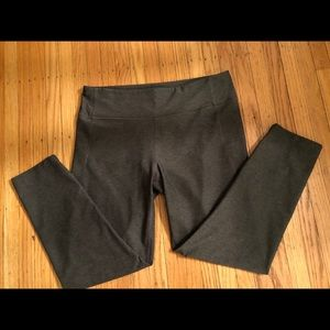 Outdoor Voices Techsweat Leggings, size XL